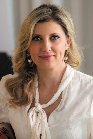 Angelique Rewers, CEO
